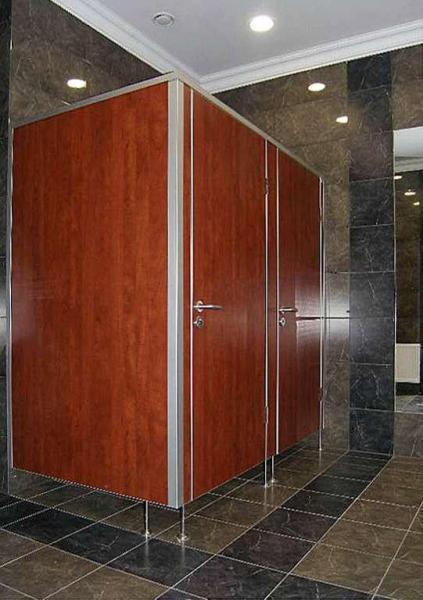 Systemy ścian działowych do sanitariatów i natrysków 15