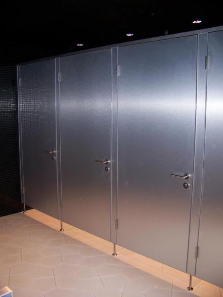 Systemy ścian działowych do sanitariatów i natrysków 2
